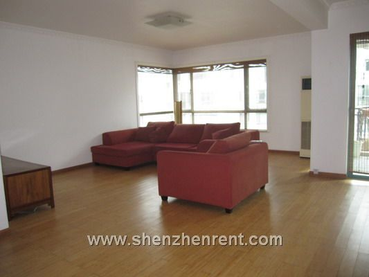 146sqm,3bedrooms,2 bathroom rent for 9000 RMB