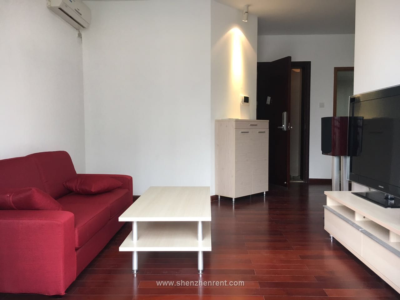 Nice and cheap 3 brs apartment for rent