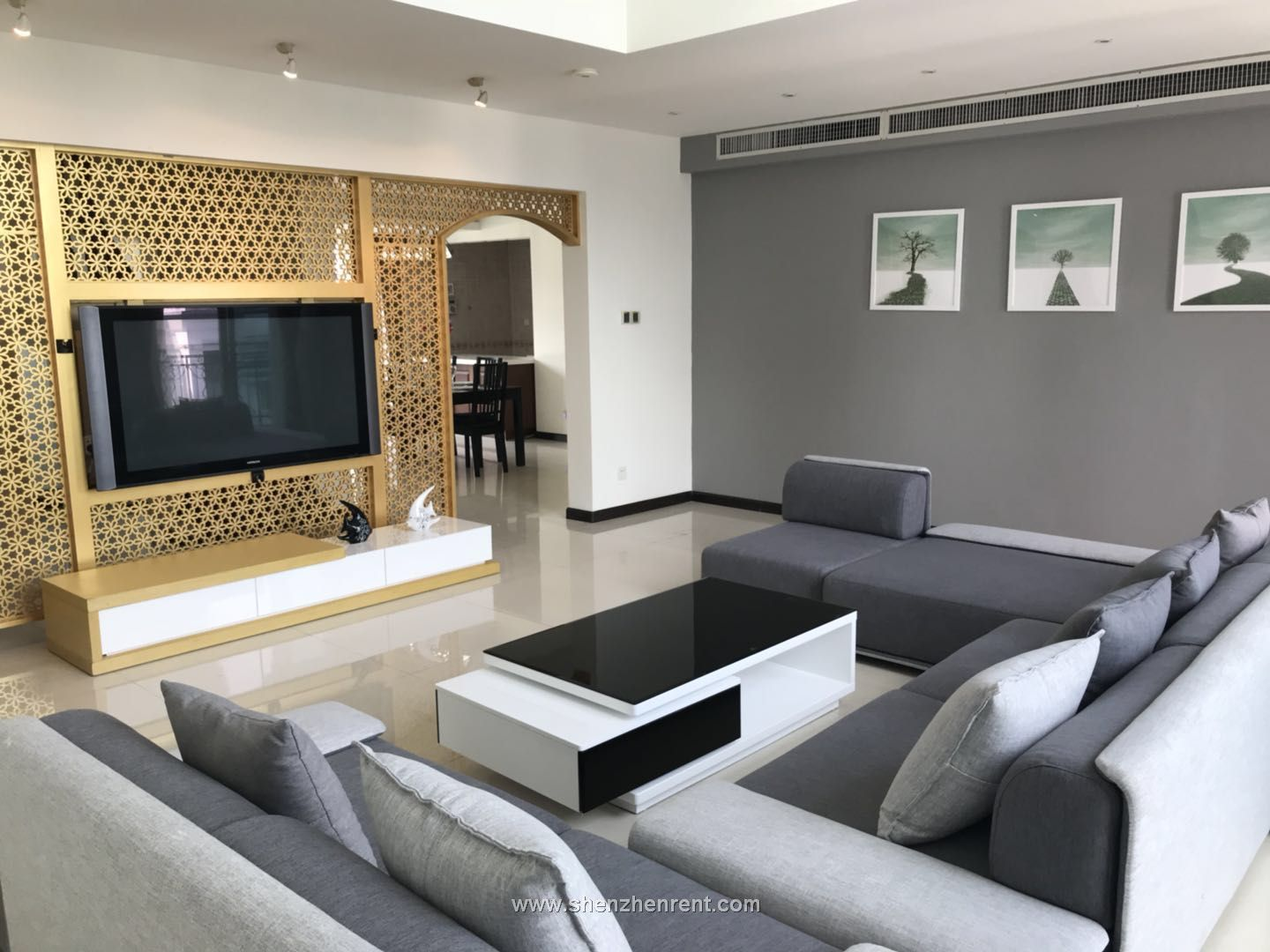 New decoration 5 bedrooms apartment in shekou for rent