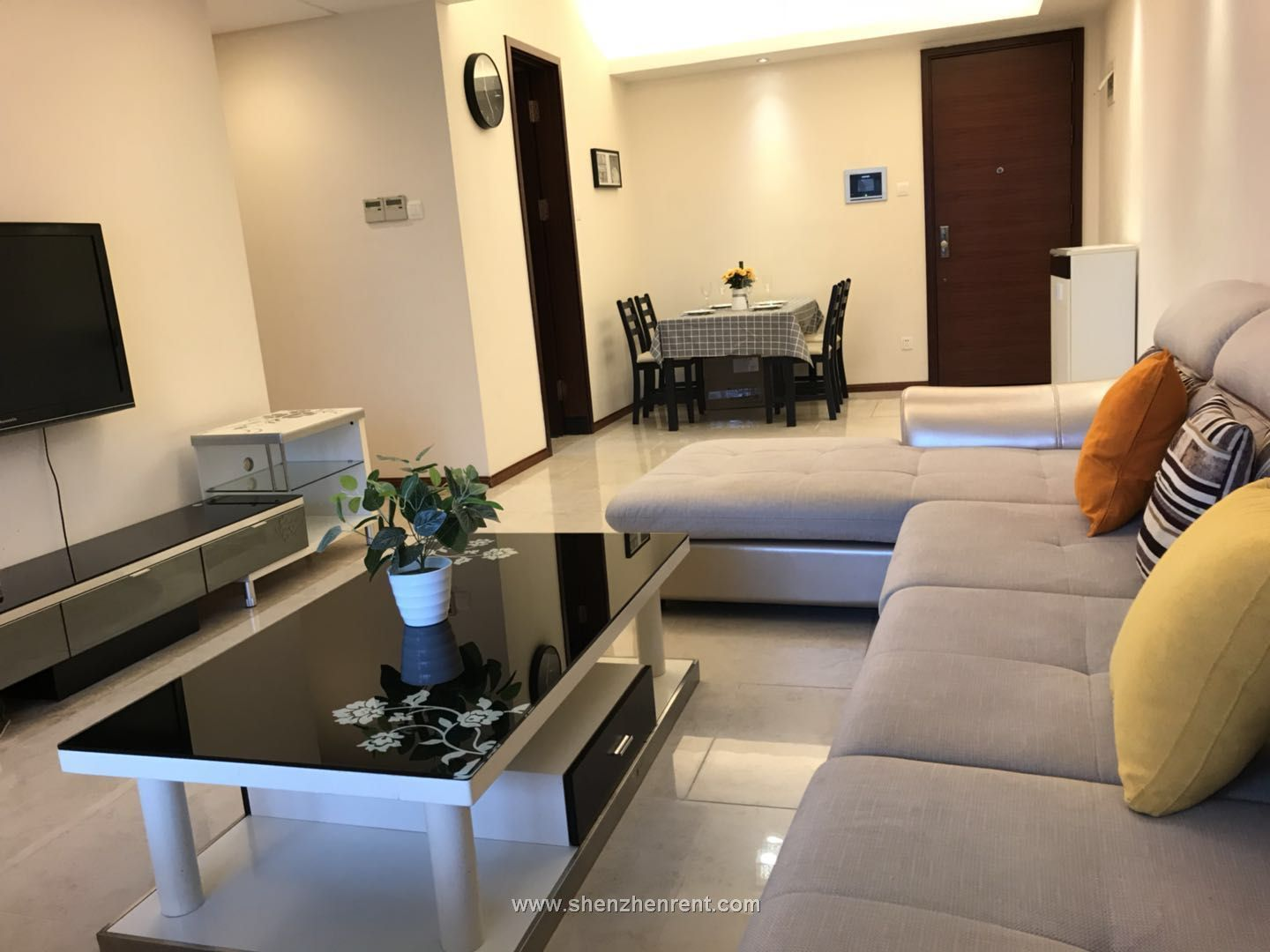 Renovated 2 bedrooms apartment in mont orchid for rent