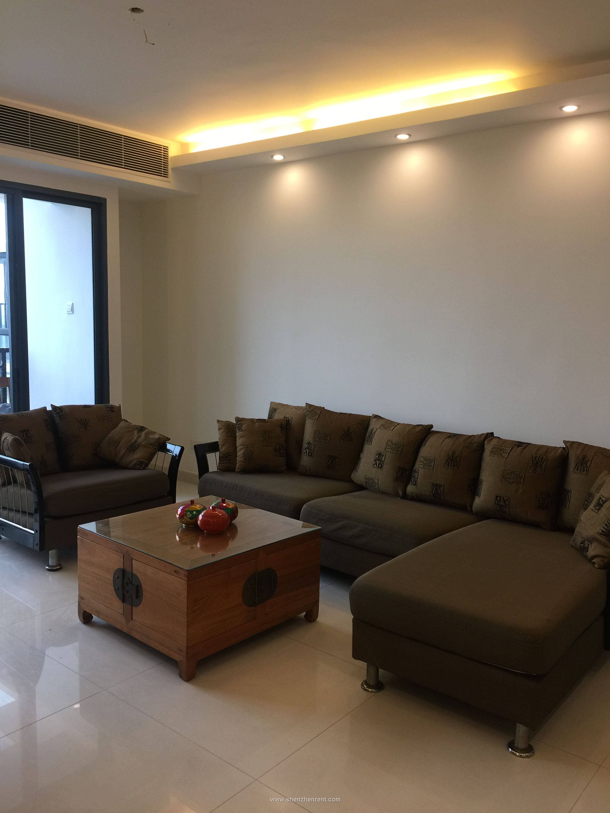 Modern 3 bedrooms apartment in coastal rose garden for rent
