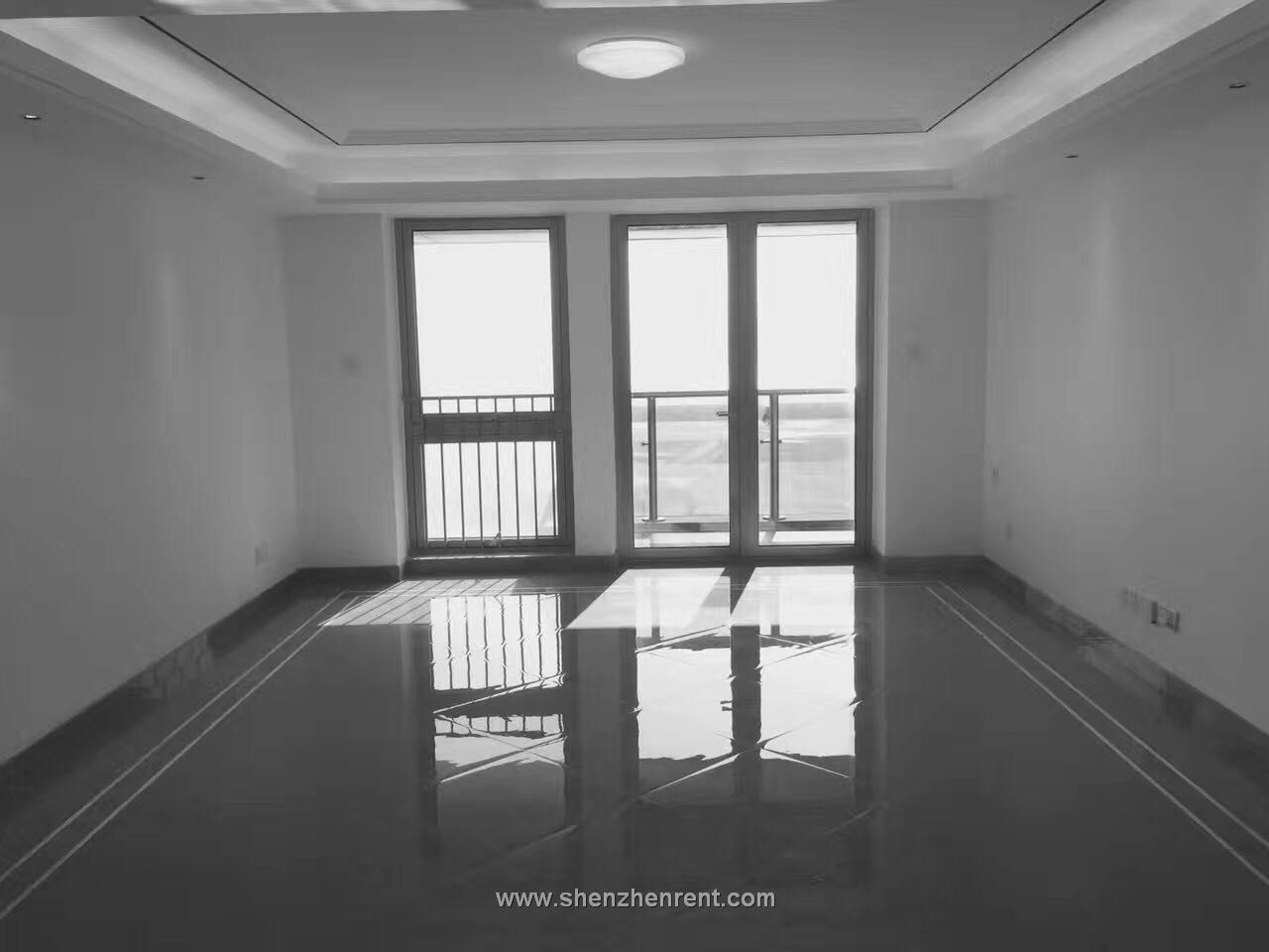 Empty 4 bedrooms apartment in shekou jingshan 9 for rent