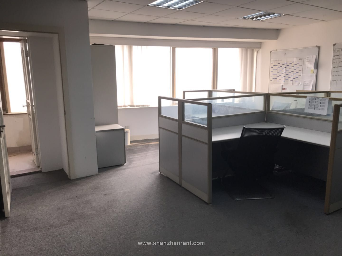 240sqm big office cheap price in shekou sea world for rent