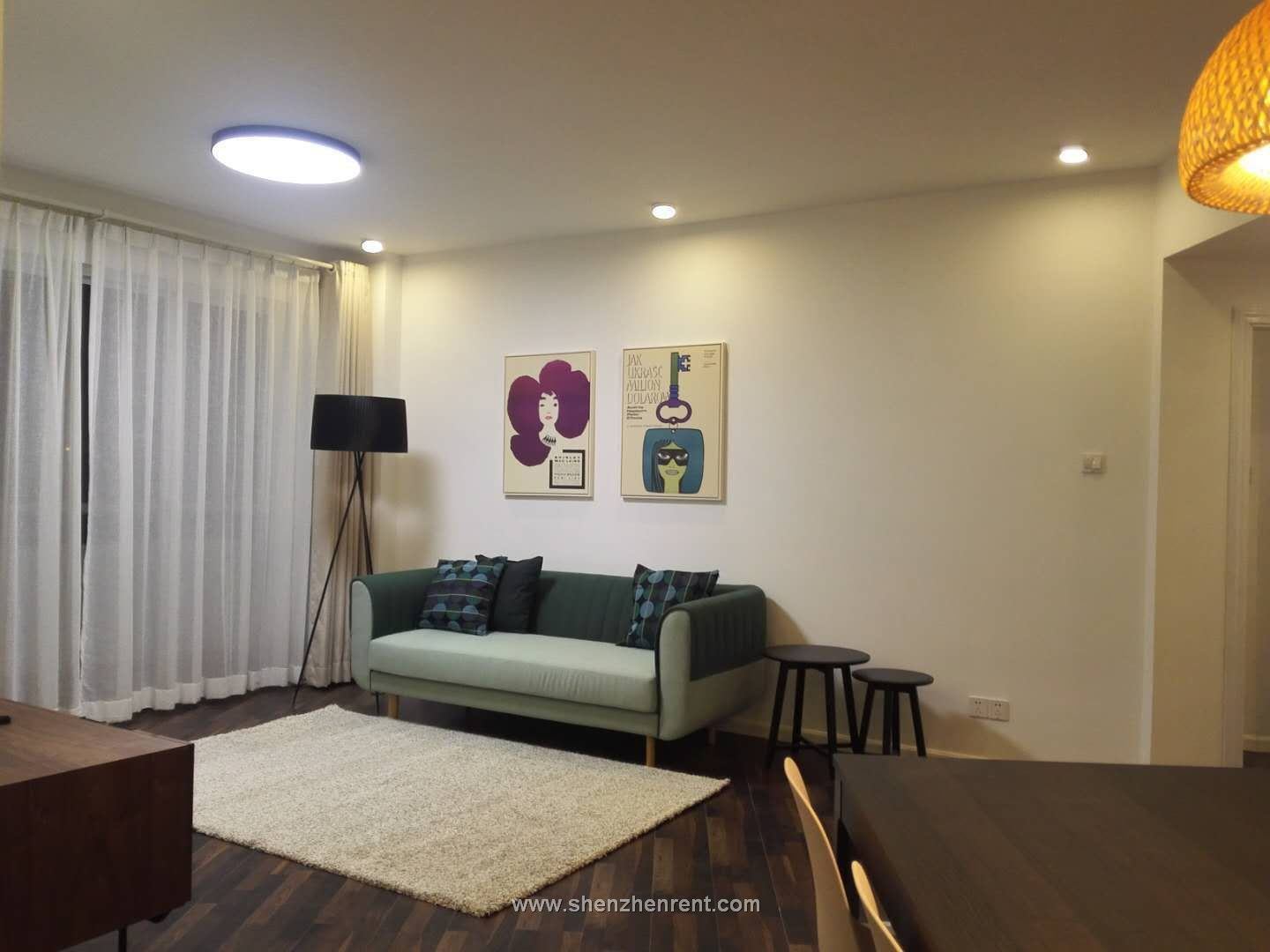 Newly renovated 3 bedrooms apartment in sea world for rent