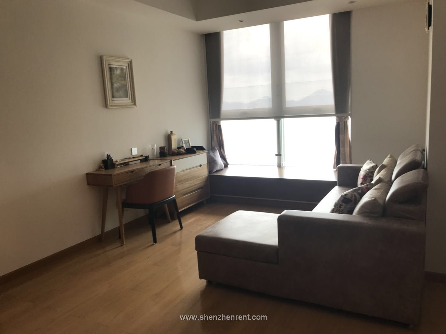 New decoration 1 bedroom with seaview apartment in shekou for rent