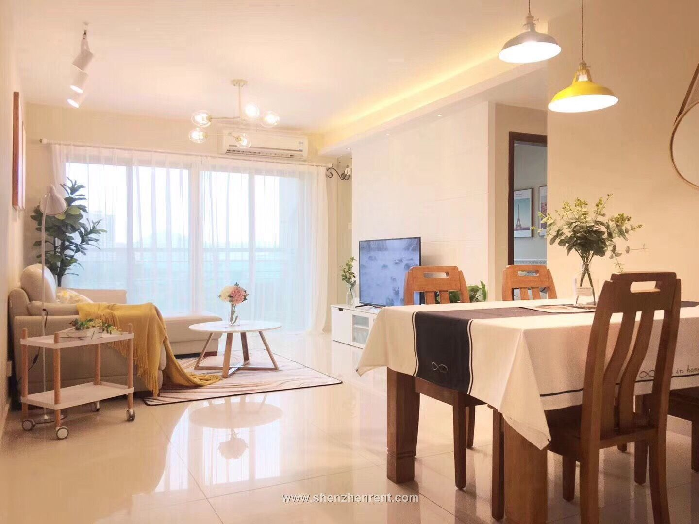 Newly renovated 3 bedrooms apartment in shekou for rent