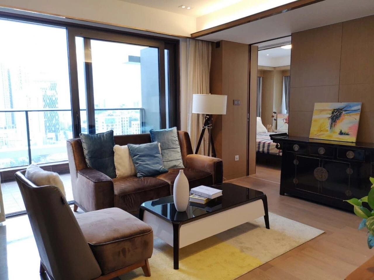 Luxurious 2 bedrooms apartment in shekou for rent