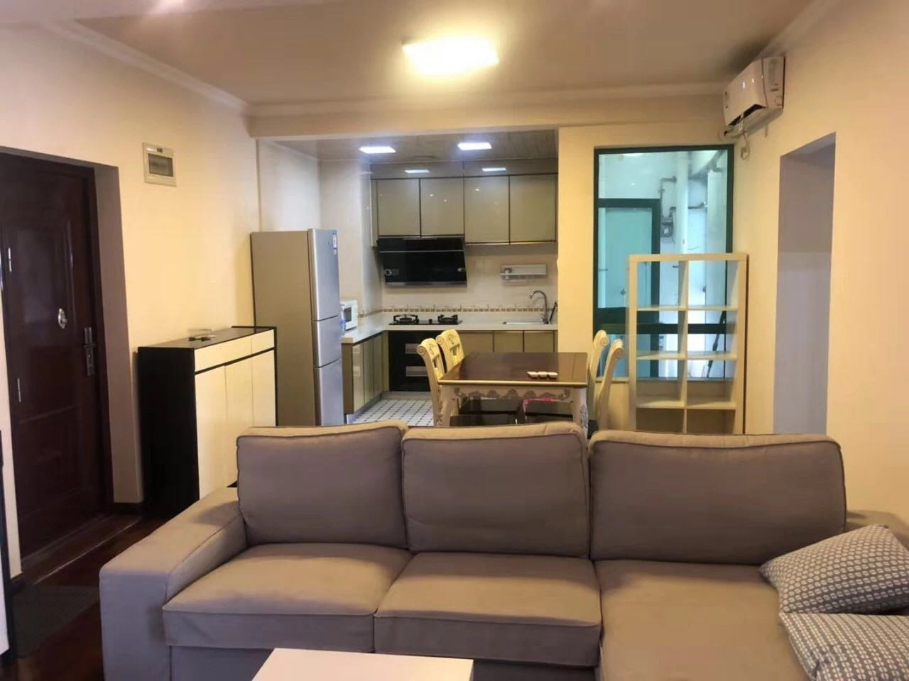 Cheap and 2 bedrooms apartment with seaview  in shekou for rent
